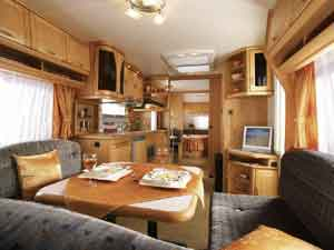 Beautiful Hobby Caravan 570 Vip Collection 2008 Single Axle Island Bed  In